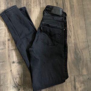 Levi's high rise skinny black jeans size 24
